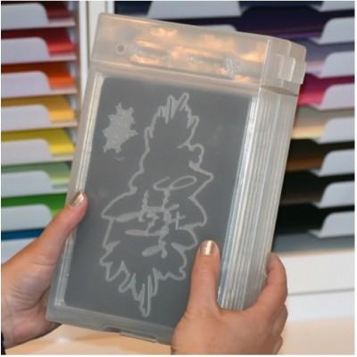 PRÉCOMMANDE -« Stamp-N-Die Wall Box » ensemble  de 10 plateaux de rangement + 5 pages magnétiques
