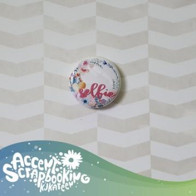 "Accent Scrapbooking - Badge modèle ""Selfie"""